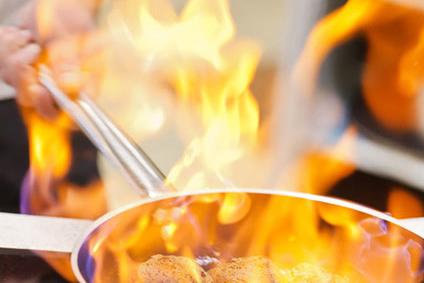 Koch im Gasthof Linde